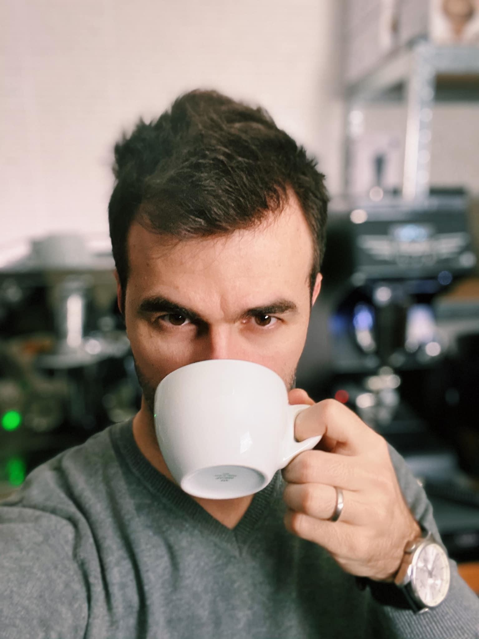 kávézz Marcival